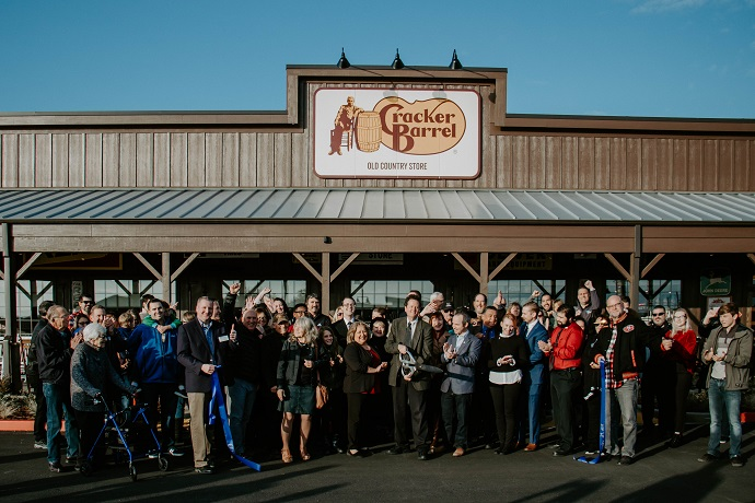 Cracker Barrel ribbon cutting in Rocklin, CA